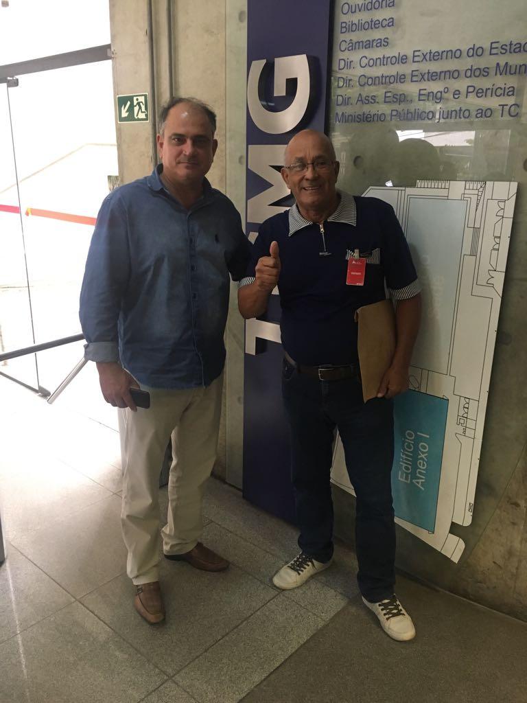Presidente da Câmara, assessor jurídico e advogada do CAC foram à sede do Tribunal de Contas do Estado de Minas Gerais